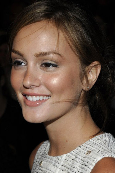 Leighton-meester-at-philip