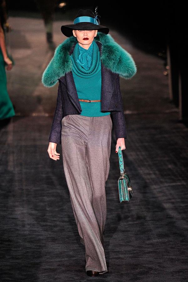 Gucci-rtw-fw2011-runway-04_1356106615