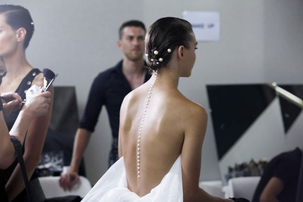 Chanel-spring-summer-2012-ready-to-wear-backstage-12