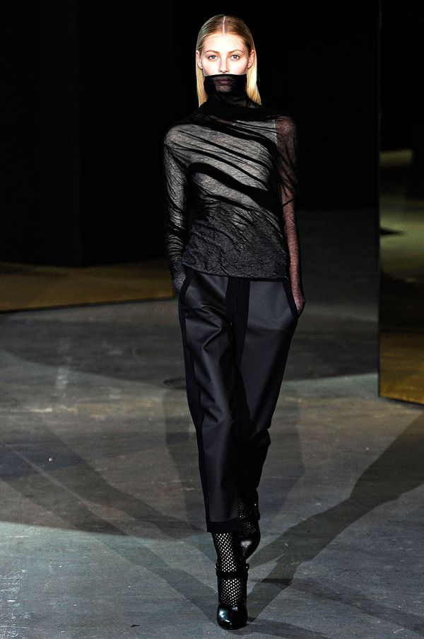 Alexander-wang-rtw-fall-2012-runway-22_222717901384