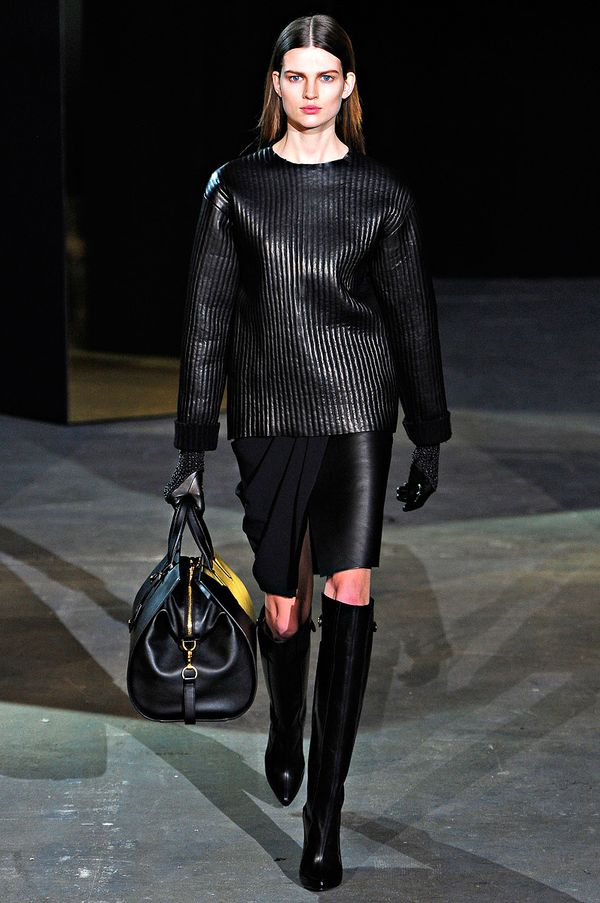 Alexander-wang-rtw-fall-2012-runway-18_222714972366