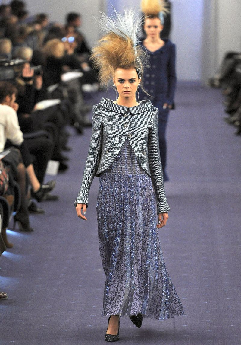 Chanel-spring-2012-couture-20_090151498900
