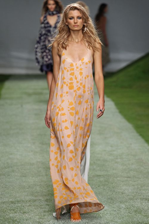 Unique-for-topshop-rtw-ss2014-runway-25_142202394843